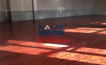 临沂飞天舞蹈学校木地板安装-舞台地板