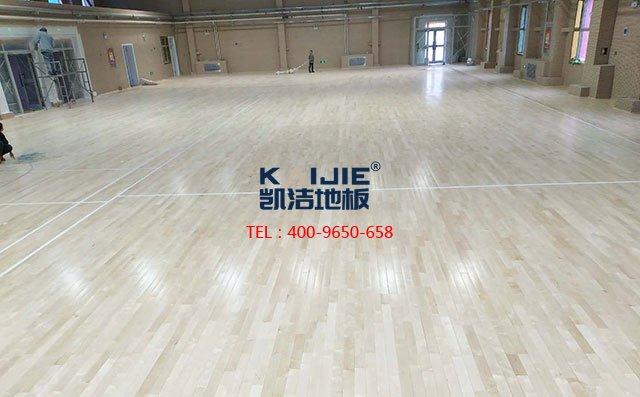 保养篇:篮球场木地板的漆面要如何保养?