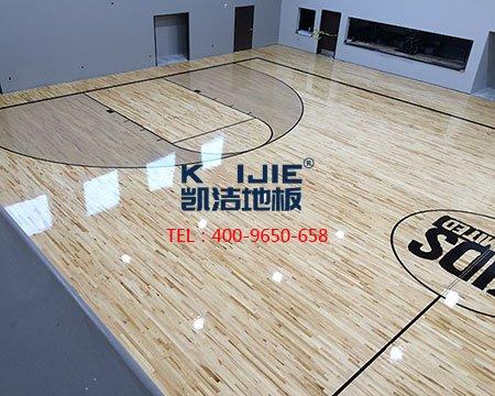 体育馆木地板为什么不能打蜡,看完就明白了