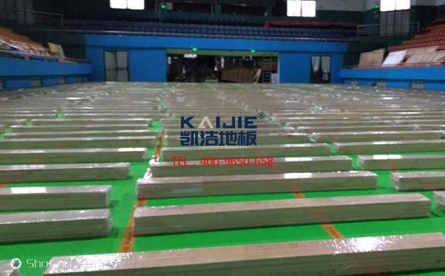 篮球场木地板安装成功,两个要素缺一不可
