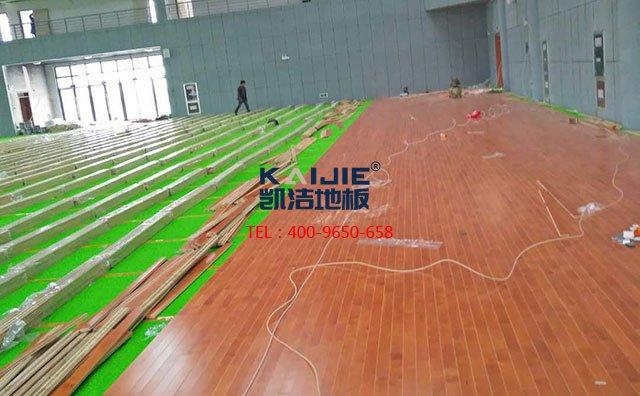 体育场馆木地板受潮后怎么处理好?
