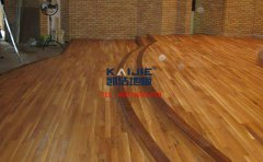 舞台木地板是由什么做成的 舞蹈室木地板