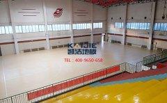 怎么选择好的篮球馆运动木地板厂家