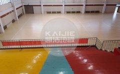 选择篮球场木地板砖需要考虑哪些因素