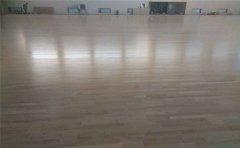 唐出市路北区哪里有木质地板球场-凯洁地板