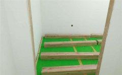 篮球场铺木地板做木龙骨咋样施工-凯洁地板
