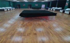该如何选择体育木地板品牌-凯洁地板